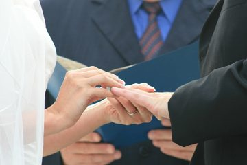 Finding The Right Wedding Officiant