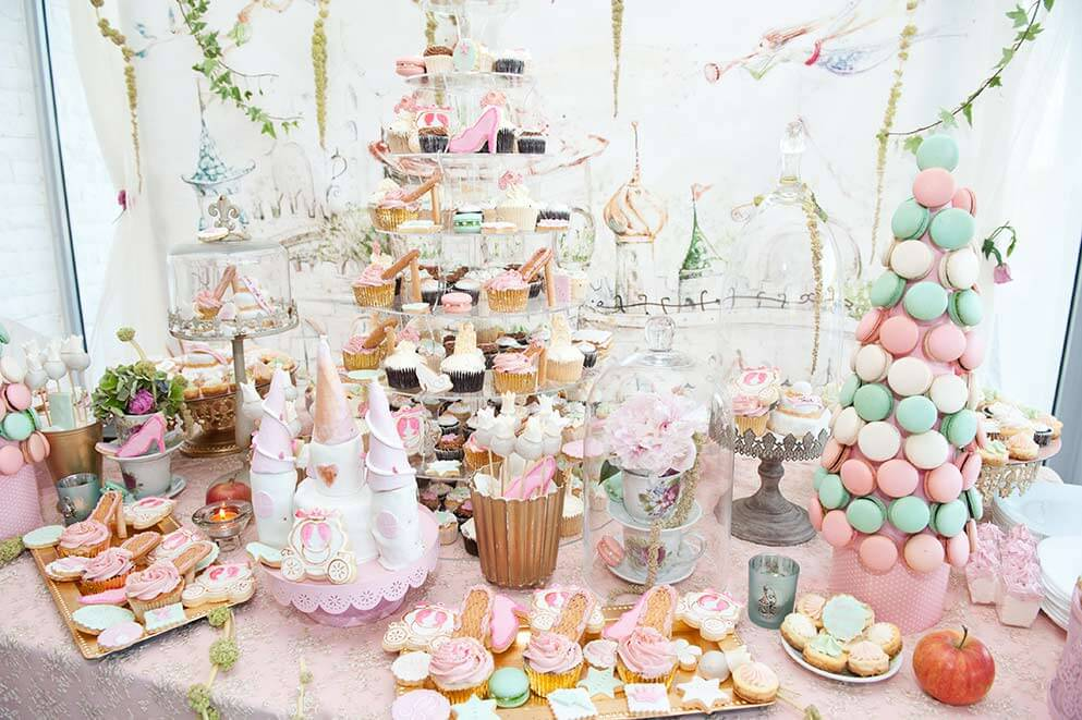 want a candy buffet on a budget we make it easy rh weddingfor1000 com  pastel colored candy buffet