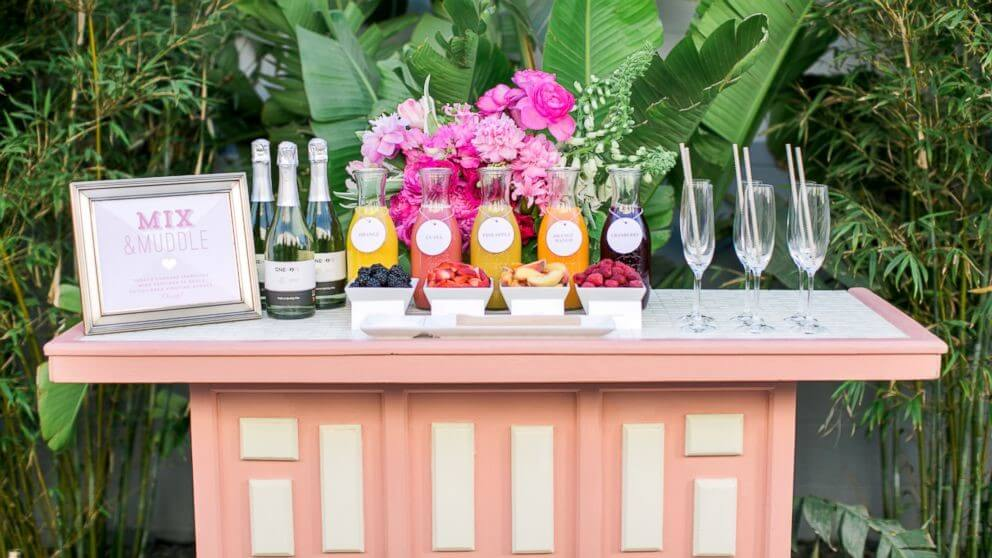 Diy A Classy Champagne Wedding Reception