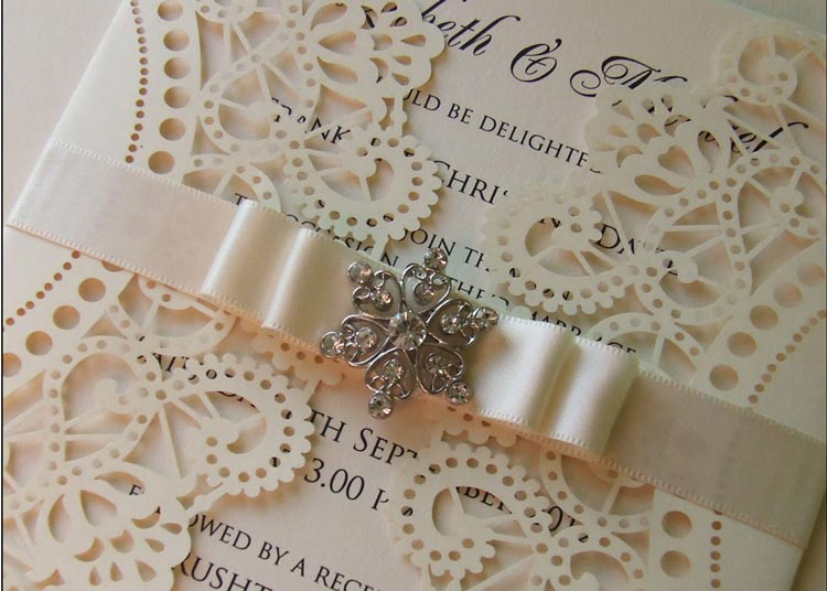 Professional Printing or DIY - How Will You Do Your Wedding Stationery? weddingfor1000.com