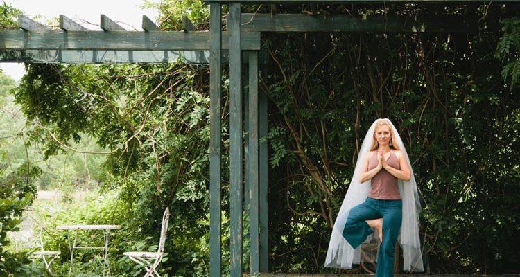 Pre-Wedding Yoga for the Bride Gone Bridezilla! weddingfor1000.com