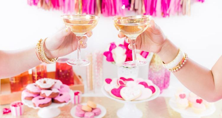 5 Fresh and Funky Drink Ideas to Sip at Your Wedding - weddingfor1000.com