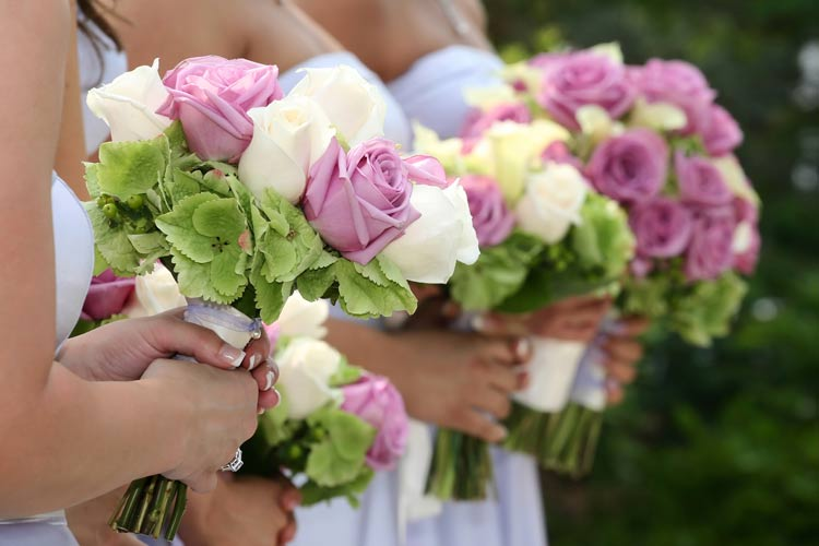 Find Budget Wedding Flowers and Fantastic Florists - weddingfor1000.com