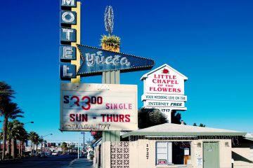 Wedding for $1000 - Viva Las Vegas - Eloping Made Easy